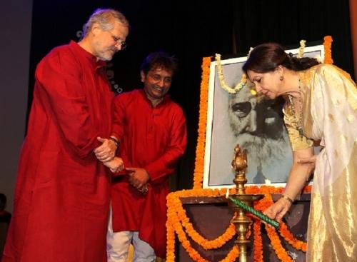 4. Sharmila Tagore, Najeeb Jung (Governor Delhi)